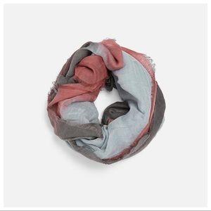 NWT. Zara Linen Gray Tie Dye Scarf.